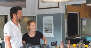 couple-vente de crustacés